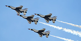 THUNDERBIRDS TO FLY INTO KELLY FIELD FOR NOVEMBER AIRSHOW